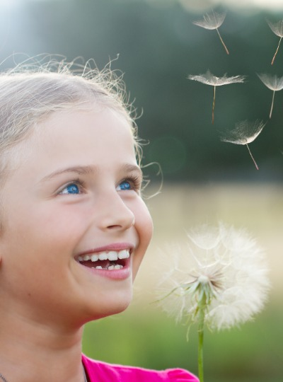 gelukkig kind na luisterkind afstemming